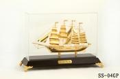 Thuyền buồm mạ vàng 24k-04