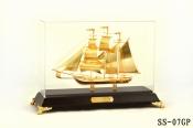 Thuyền buồm mạ vàng 24k-07