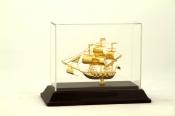 Thuyền buồm mạ vàng 24k cỡ nhỏ