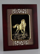 Tượng vàng lá ngựa phi nước đại